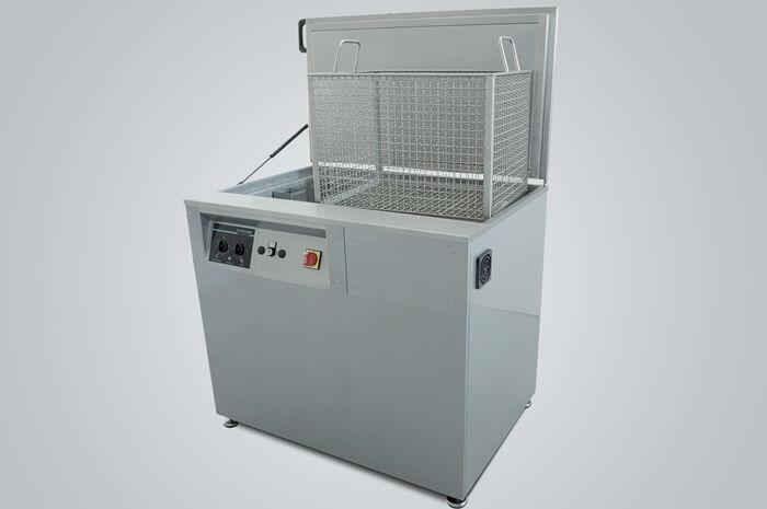 Masina de curatat piese mari cu ultrasunete ANMASI seria Maxi