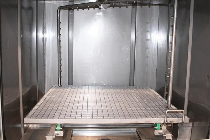 Masina de spalat piese prin pulverizare cu curatare rapida si eficienta