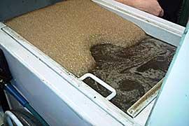 Servicii de curatare a masinilor CNC freze strunguri si emulsie